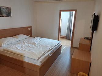 CHORVATSKO – OSTROV KRK – PUNAT – HOTEL OMORIKA